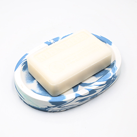 Soapdish Cannes rue d'Antibes, marble white and blue, oval shape with three draining holes, handmade in Berlin by Kula.