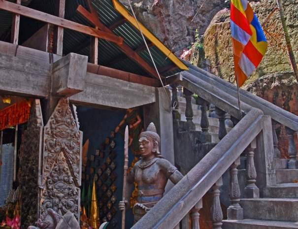 Preah Ang Thom Staircase
