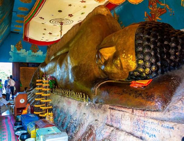 Reclining Buddha - Preah Ang Thom