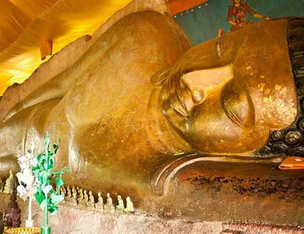 Reclining Buddha Siem Reap