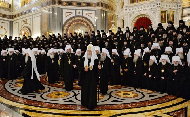 Архиерейский Собор 2013. Подготовка к фотосессии.