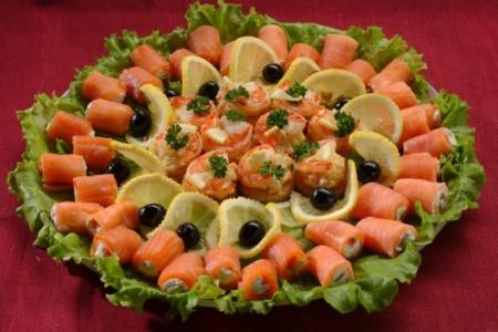 Рецепты салатов на праздничный стол с фото. Приготовление ...