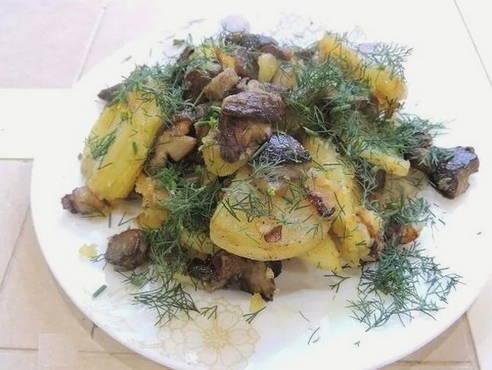 Подосиновики жареные с луком и картошкой - рецепт с ...