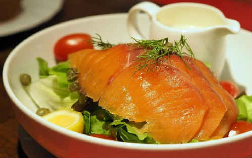 सोल्डरिंग लाल मछली