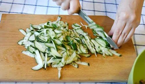 Салаты из свиного языка - 12 вкусных и простых рецептов (фото)