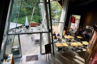 Ebenfalls ein sehr schön gestalteter Ort: Die Kupferbar im Marta Herford!