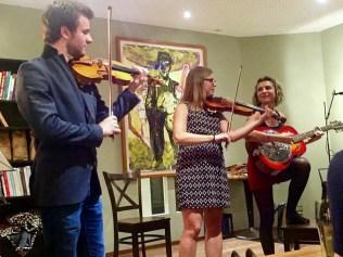 Matthias und Maria Well bei ihrem Auftritt im Kulturcafé Leib&Siegel 2018