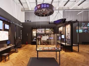 Ausstellungsansicht VIENNA BIENNALE 2017: Roboter. Arbeit. Unsere Zukunft Hello, Robot. Design zwischen Mensch und Maschine, MAK-Ausstellungshalle © Peter Kainz/MAK