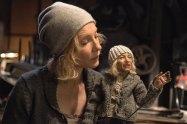 Cate Blanchett als Puppenspielerin,
