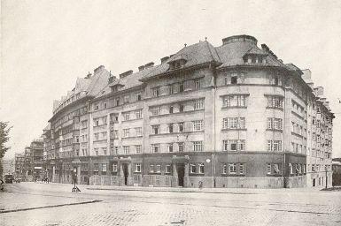 Historische Aufnahme von Wiens erstem Gemeindebau, dem Metzleinstalerhof © Wikipedia