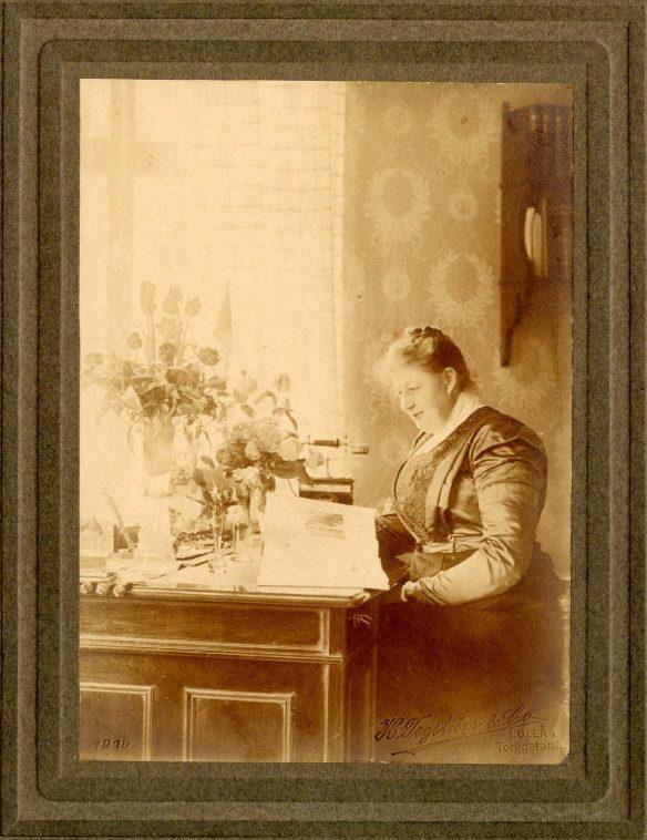 Länsmejerskan Anna Gustafson, fotograf Henny Tegström & Co år 1910