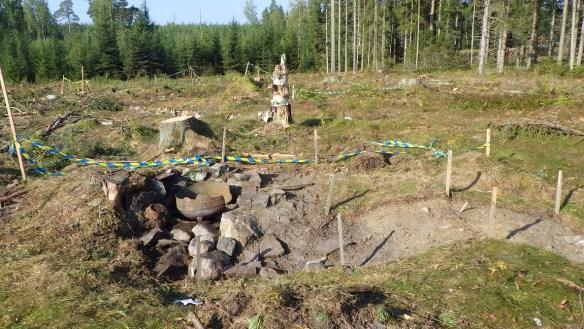 Kokplatsen där kärl och mjölktråg diskades. Järngrytan står fortfarande kvar. Foto: Marika Eserstam Kjellsson, Skellefteå museum