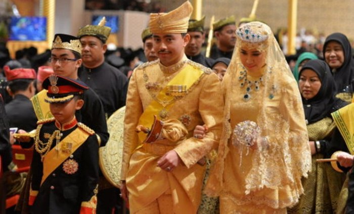 Принц Абдул Малик и принцесса Даянгку Раабиатуль Адавия Пенгиран Хаджи Болкиах, 2015 год.
