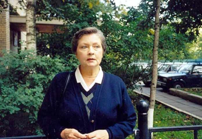 Народная артистка РСФСР Жанна Болотова | Фото: kino-teatr.ru