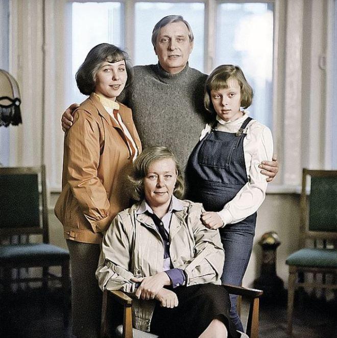 Семья Басилашвили. / Фото: семейный архив