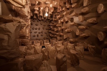 zimoun-art-basel-317-prepared-dc-motors-paper-bags-shipping-container-designboom-03