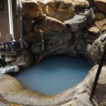 世界遺産の温泉「つぼ湯」7色に変化する不思議な温泉はパワースポット!