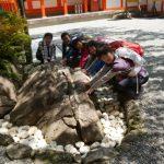 【熊野那智大社】パワ―スポットは那智の滝と烏石!勝守で運気アップ!