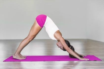 morning yoga, yoga poses for beginners, yoga, stretching, morning work out, down dog, ahdo mukha svanasana
