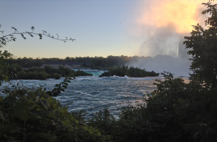 Horseshoe Falls at sunset.