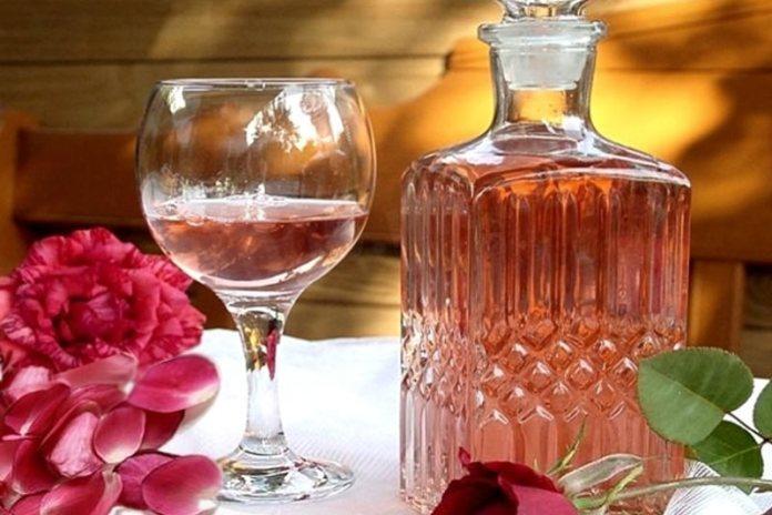 Вино из чайной розы