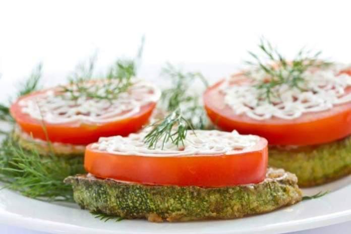 Закуска из кабачков и помидоров с сыром