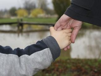 7 Tips Buat Anak Disiplin