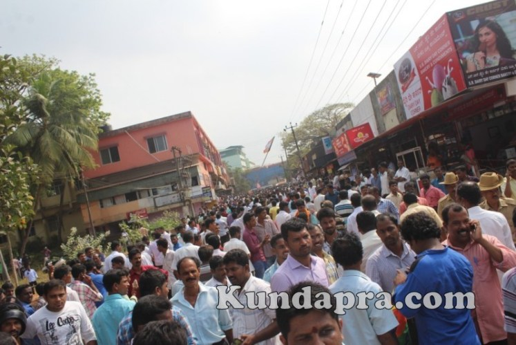 Zilla panchayath Taluk Panchayth Poll - BJP Celebrating in Kundapura (10)