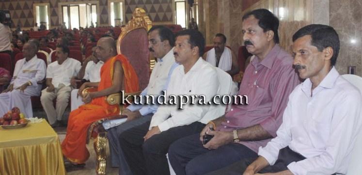 Madhura Madhuravi manjula Gana at Uva meridian koteshwara kundapura (8)