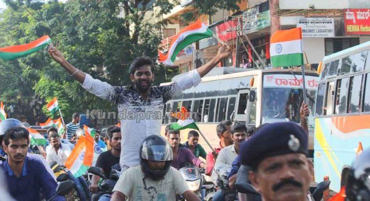 Tiranga Yatre - Bike Rally in Kundapura (15)