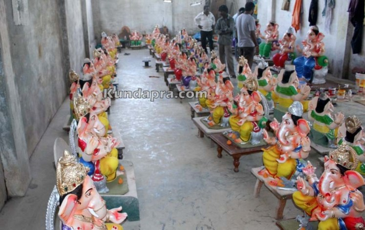 Kundapura ganesh idols makers Vasantha Gudigar made idols has demond in Hydarbad (2)