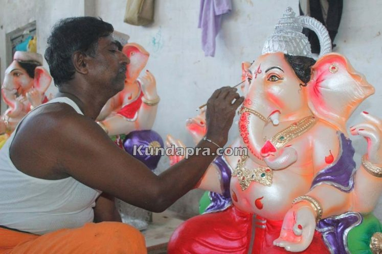 Kundapura ganesh idols makers Vasantha Gudigar made idols has demond in Hydarbad (20)