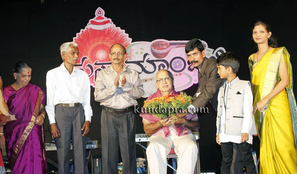 kusumanjali-2016-shri-padre-vasantha-kumar-perla-nalinkumar-shetty-nagoor-18