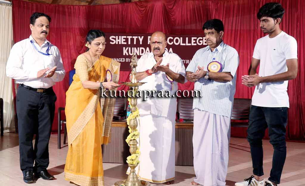 ಕುಂದಾಪುರ: ಆರ್.ಎನ್.ಶೆಟ್ಟಿ. ಕಾಲೇಜಿನಲ್ಲಿ ವಿದ್ಯಾರ್ಥಿಗಳ ಪ್ರತಿಭಾ ಪ್ರದರ್ಶನ
