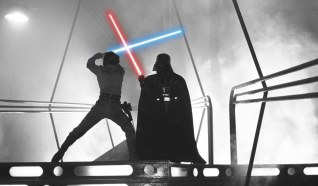 Classic Luke Skywalker vs Darth Vader