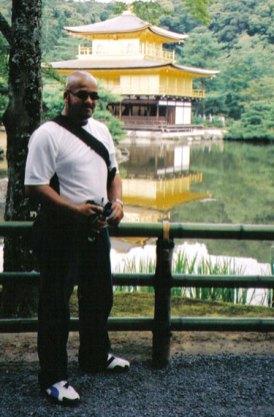 Seeing the sights at kinkakuji, Kyoto Japan