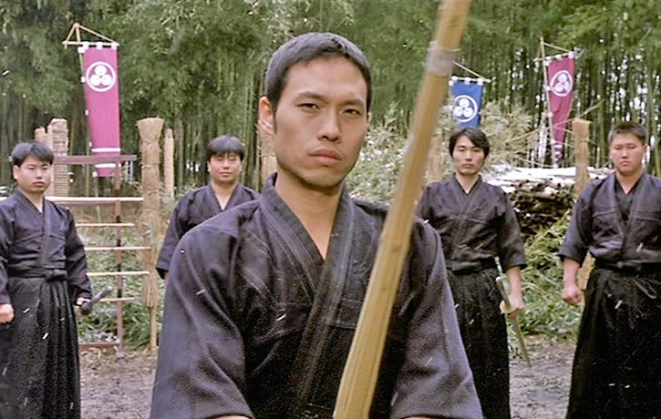 Kendo master en guard to face Oyama