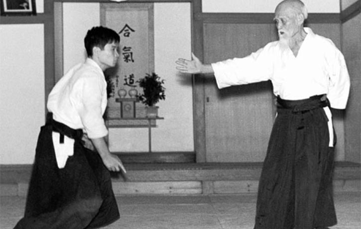 Ueshiba instructs