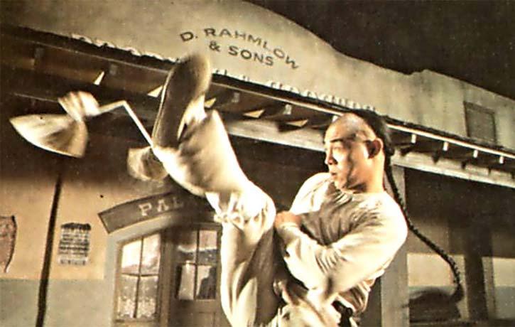 High Noon Kicking skills from Jet Li!