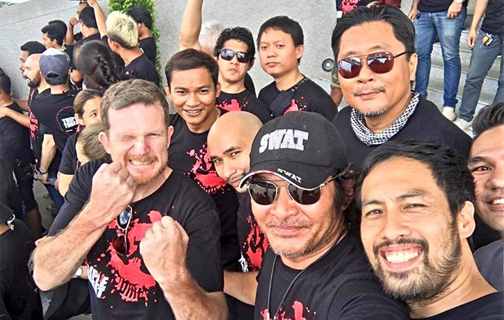 Jesse has a lot of friends in the Thai stunt community