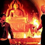 Tony stands his ground against Nathan Jones in Tom Yum Goong