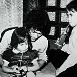 Bruce's children Brandon and Shannon visit him on the set