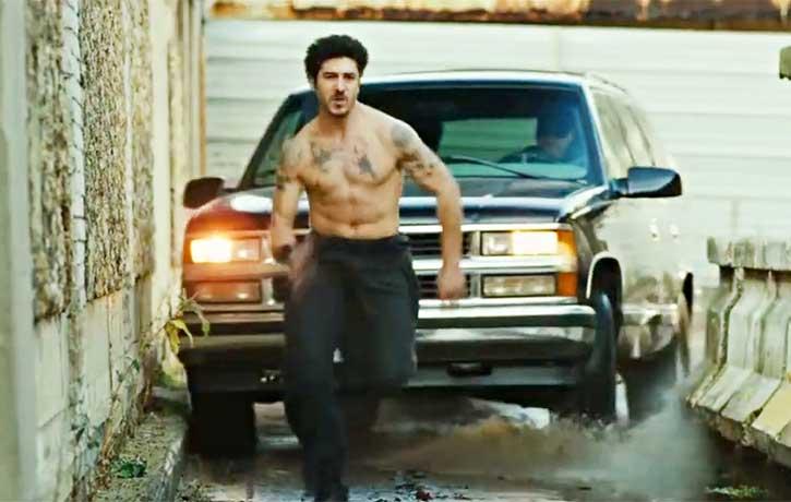 Leito flees his automotive pursuers