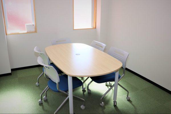 九里学園面談室