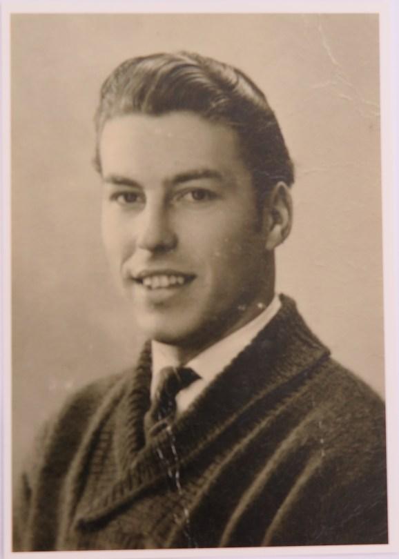 Gunter Gruben - voorzijde ansichtkaart met zijn vader