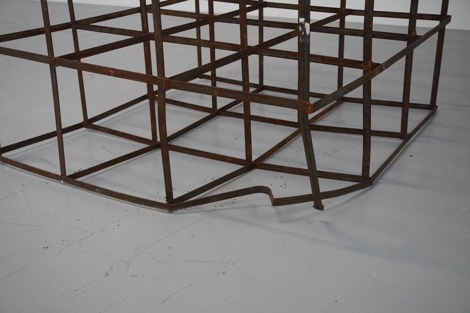 Art van Triest. Grid met valschade