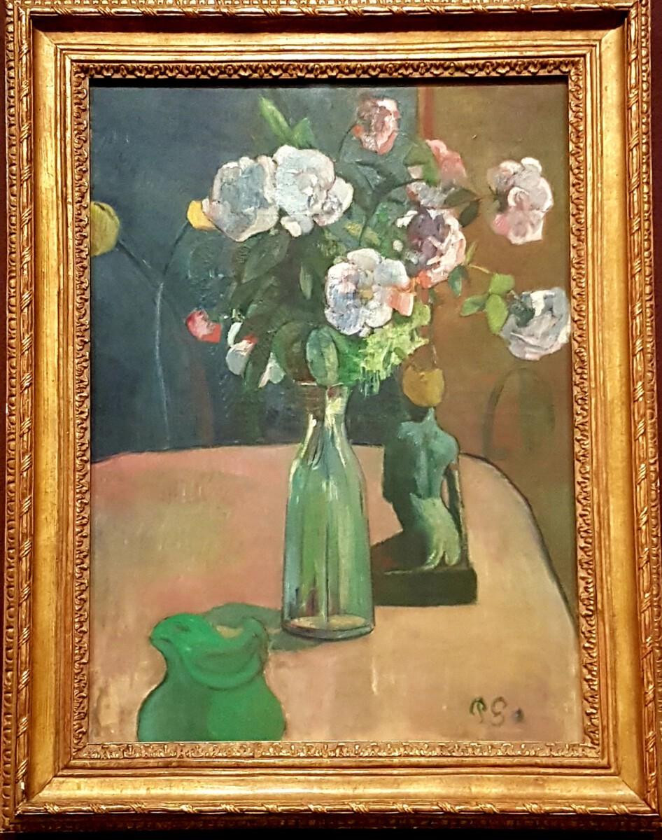 rozen en beeldje gauguin