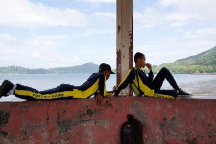 Isabelle Boon, Hangjongeren aan zee, Neira