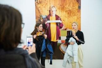 Besucherinnen in der Ausstellung, Foto: Markus Faber