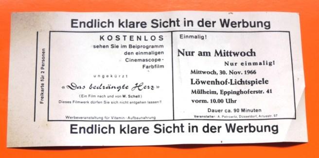 Hauswurfsendung-Kino-Loewenhof_Eppinghoferstr.41_AUSSTELLUNG_Briefkastenfund_Ruhrstr.3_Foto_by_Ivo_Franz